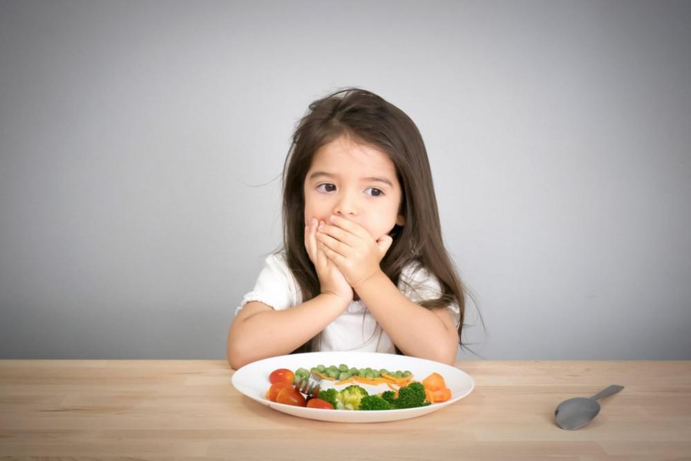 Chuyên gia dinh dưỡng chỉ ra các sai lầm cho con ăn dặm khiến con biếng ăn, chậm lớn