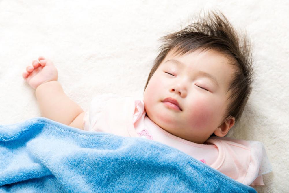 10 mẹo giúp giữ an toàn cho trẻ nhỏ trong khi ngủ